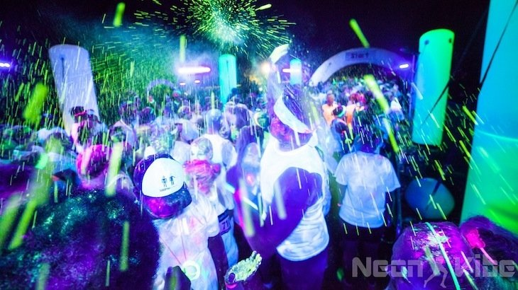 Entry For One To Neon Vibe & After-Party